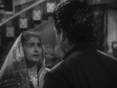Raju meets the Rajmata of Kamalpur