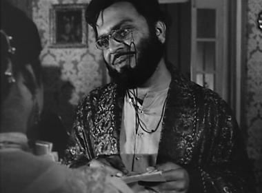 Bhupati talks to Charu