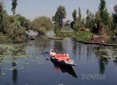 The canals of Kashmir, in Pardesiyon se na akhiyaan milaana