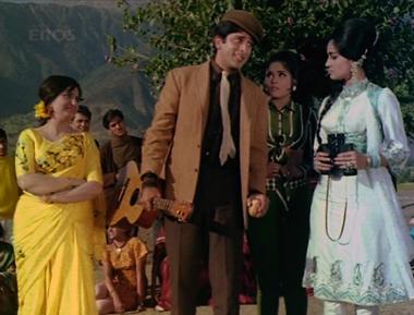 Sunil gatecrashes a picnic