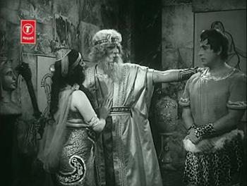 Darvesh Baba introduces Arsalan to Shabnam