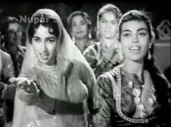 Hum tere dar se nahin, from Nakli Nawab