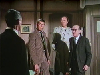 Peter meets Tex, Scobie and Gideon...