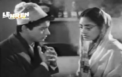 Kamla falls in love with Gulab