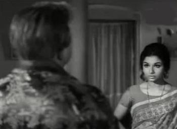 Tarun Bose and Sharmila Tagore in Anupama
