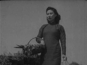 Yuwen walks home from the market