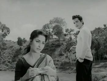 Raj meets Amit and falls in love