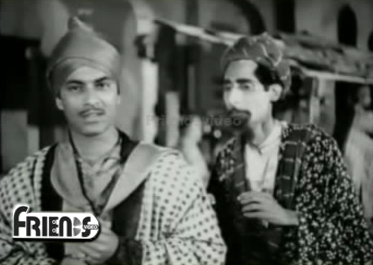 Shah Murad and Mansoor go out in disguise