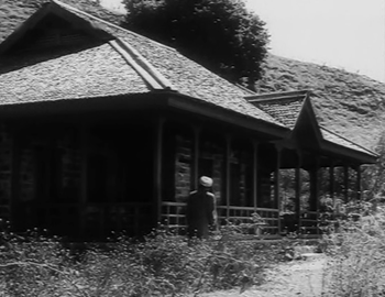 Amar arrives at a deserted house