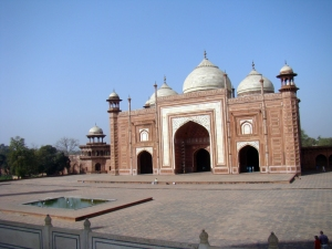 A view of the mosque at the Taj Mahal