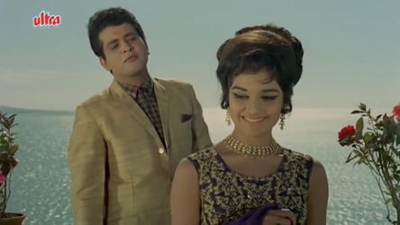 Manoj Kumar and Asha Parekh in Saajan