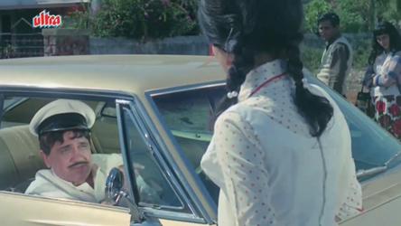 Balam gives Rajni a lift
