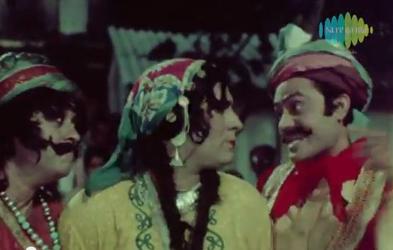 Kishore Kumar, Narendra Nath, and Joy Mukherji in Love in Bombay