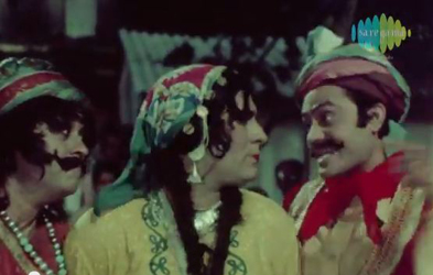 Kishore Kumar, Narendra Nath, and Joy Mukherji in Love in Bombay