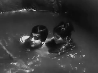 Ram rescues Naina from drowning