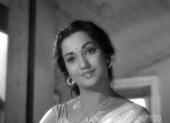 Surekha Pandit in Dheere-dheere machal, from Anupama