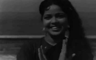 Sheila Vaz in Leke pehla-pehla pyaar, from CID