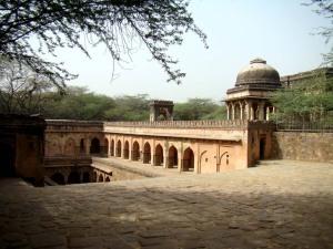 Rajon ki Baoli, seen from the top.