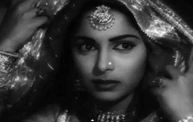 Waheeda Rehman as a bride in Chaudhvin ka Chaand