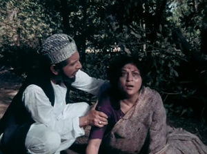 Nirupa Roy with Shivraj in Amar Akbar Anthony.