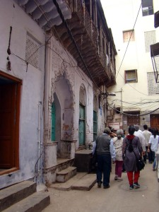 Walking through Ahaata Kaale Sahib, where Ghalib stayed for sometime during the 1840s.