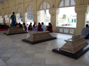 The graves of the Asafjahi Nizams, at the Mecca Masjid.