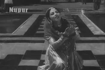 Aah ko chaahiye ek umr asar, from Mirza Ghalib