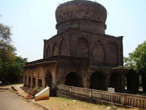 The unfinished tomb of Mirza Nizamuddin Ahmed.