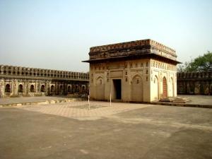 The tomb of Jamaali-Kamaali.