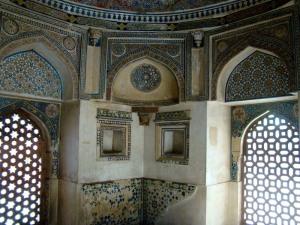 Inside the tomb of Jamaali-Kamaali.