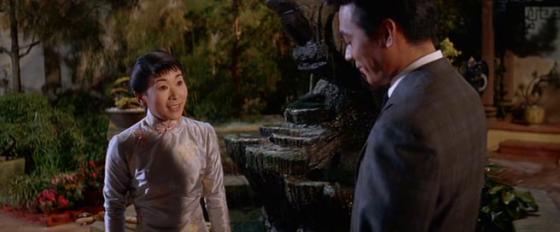 Ta and Mei Li meet