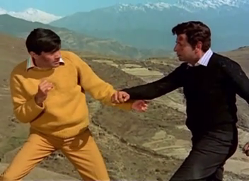 Dev Anand and Pran in Johny Mera Naam