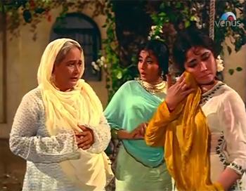 Kariman Bua takes Zeenat and Bilquees to task
