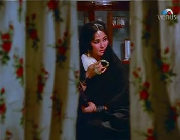 Zeenat, at the jewellers'