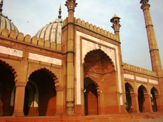 The Zeenat-ul-Masajid, also known as the Ghata Masjid.