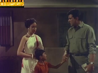 Amar saves Gopi, and meets Laajo as a result