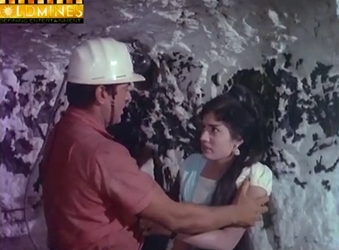 Amar saves Neeta from an explosion