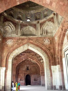 ... and the liwaan at the Qila-e-Kohna.