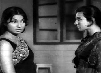 Tanuja as Asha and Seema/Asha in Gustakhi Maaf