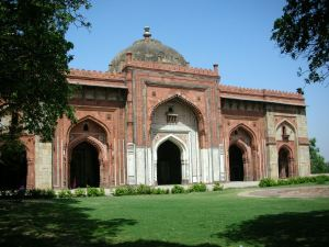 The Qila-e-Kohna mosque, Purana Qila.