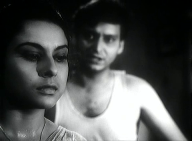 Soumitra Chatterjee and Madhabi Mukherjee in Kapurush