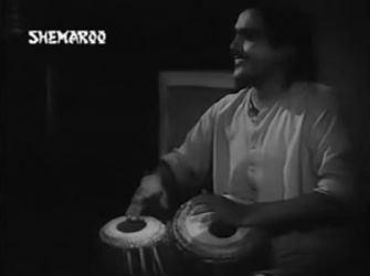 Jaa tose nahin boloon Kanhaiyya, from Parivaar