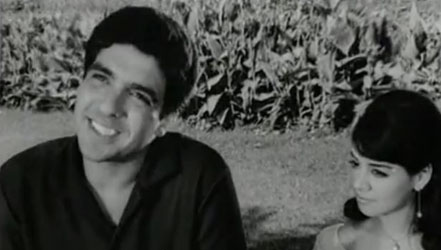 Jalal Agha and Farida Jalal in Taqdeer