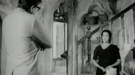 Vijay makes a proposition