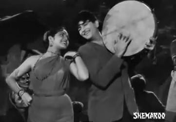 Dil ka haal sune dilwaala, from Shree 420