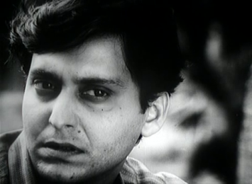Soumitra Chatterjee as Amitabha in Kapurush