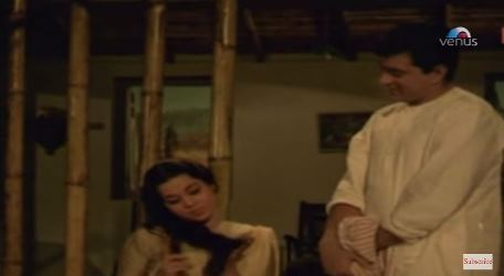 Kumkum and Dharmendra in Ganga ki Lehren