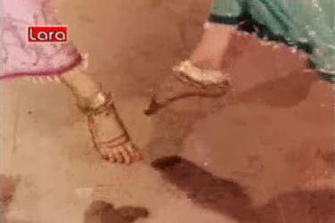 Paaon mein jhaanjhar, from Faulad