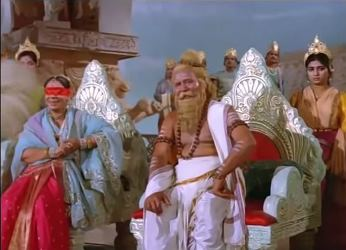 Gandhari sitting next to Dronacharya