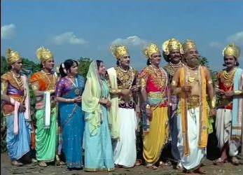 The Pandavas, their mother and Draupadi, with Krishna and Vishwakarma